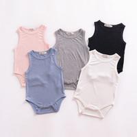 bebek çocuk giysileri romper beyaz toptan satış-Ins Yenidoğan giyim Katı Kaburga Örme Romper bodysuit Bebek oğlan kız giysileri Kolsuz Sıcak Yaz Pembe Beyaz Siyah 2019
