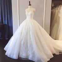 vestido de casamento de marfim sem alças venda por atacado-Branco Marfim Strapless vestido de Baile Longo Trem Vestido de Noiva Vestido De Noiva Applique Do Laço Do Casamento Ocasião Formal Custom Made Plus Size