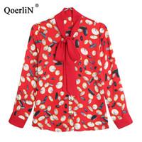 ingrosso colletto di bowtie-QoerliN Blusa Taglie stampate Tops Red OL Workwear Blouse Business Tute da donna 2019 Spring Bowtie Collar Silk Shirt da donna
