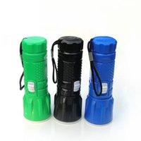rotierende taschenlampe großhandel-Kunststoff Mini einziehbare Zoom Blendung kleine Taschenlampe LED rotierenden Dimmen Outdoor kreative Taschenlampe Wandern Camping Taschenlampe LJJZ148