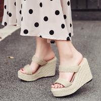 sandalias de tacón a rayas al por mayor-Verano de las mujeres zapatos de las zapatillas de cuña para mujer mulas de tacón Chanclas cuñas zapatos rayados las mujeres chanclas sandalias de las mujeres YMA732