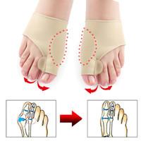 separador de pies al por mayor-Toe Separador Hallux Valgus Bunion Corrector Ortesis Pies Bone Pulgar Ajustador Corrección de pedicura del calcetín enderezadora