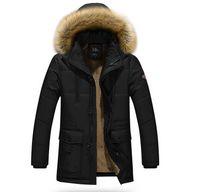 abrigos gruesos para hombre al por mayor-Abrigos gruesos de invierno para hombre Abrigos de diseñador Abrigos con capucha Fleece Chaqueta de abrigo anti frío