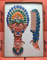 europäischer kamm großhandel-Europäische Russland Spiegel Kamm Set Retro Geschenk Kosmetikspiegel Prinzessin Falten tragbaren Griff tragbaren Rücken Kosmetikspiegel Set