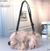 сумочки для сцепления оптовых-дизайнер CC роскошные сумки кошельки Высокое качество натурального меха лиса мех теплая женская сумка клатч кошелек Crossbody мини сумка женская