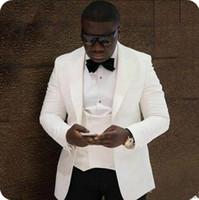 mens piece fildişi kıyafeti toptan satış-İki Adet Siyah Erkek Düğün Slim Fit Damat Smokin Takım Elbise Fildişi Doruğa Yaka Yakışıklı Best Man Blazers Ceketler (Ceket + Pantolon) Düğün Smokin