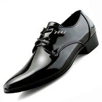 spitzen männer schuh großhandel-Mens Spitze Schuhe Frühling Herbst Männer Formale Hochzeit Schuhe Luxus Männer Business Kleid Männer Müßiggänger Spitze Schuhe Große Größen 38-47