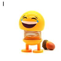 erwachsene mannpuppe für mädchen großhandel-Lustige Nette Auto Kopfschütteln Nicken Spielzeug Für Autos Ornamente Action figure Emoji Emotion Gesichtsausdruck Puppe Erwachsener Mann Mädchen