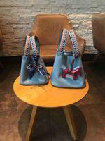 ingrosso ciondoli per borse da donna-nuove borse classiche da donna borse a tracolla con cinturino mini Borse per la spesa in vera pelle bloccano piccola borsa con pendente a cavallo 18cm22cm