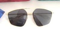 ingrosso occhiali da sole da sole-New Luxury Designer Occhiali da sole per uomo e donna 0437 Metal Frame appositamente progettato autentico Glaases Occhiali da sole UV400 Eyewear con custodia