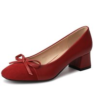 zapato de vestir de tacón bajo beige al por mayor-Diseñador de zapatos de vestir Size35-39 2019 Otoño Nuevas mujeres bombas Bow-not Low Heels Vestido de ocio Mujer Calzado de la mejor calidad para niñas de la escuela