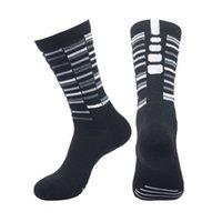 chaussettes de sport d'élite achat en gros de-New 2019 New chaussettes de basket-ball élite absorbant la transpiration chaussettes antidérapantes pour femmes