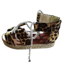 ingrosso le ragazze merlettano sandali-Womens Sagace sandali 2020 Moda di Open Toe sandali del leopardo per le bambine Stampa fondo spesso Lace-Up Shoes Shoes romana Sandas femminili