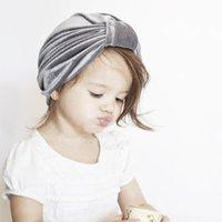 fotos de meninas de estilo venda por atacado-Infante do bebê Ins bastante sólido Velvet indiano americano bone Estilo Garotas Outono-Inverno Quente Bow Turban foto dos miúdos Props Renascer Hat