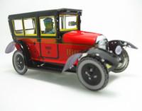 brinquedos de vento velhos venda por atacado-[TOP] coleção Classic Retro Clockwork Wind up Metal Andando Tin Toy velho carro de táxi carro Robô Mecânica crianças presente de natal