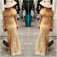 robes tulle beige achat en gros de-Arabe élégant hors de l'épaule dentelle sirène robes de soirée longues