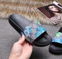 chinelos cor bege venda por atacado-Homens Mulheres Deslize Sandals Designer22ss Calçados Luxuryos Deslize Summer Fashion Plano Slippery Com Thick Sandals Slipper Flip Flops 36
