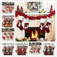 çocuklar şeker poşetleri toptan satış-Süsleme Çorap Parti Ev Noel Dekorasyon Asma 45 Tasarımlar Noel çorap Hediye Çanta Çocuk Büyük Beden Şeker Çanta Santa Noel Ağacı