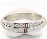 brazaletes indios envío gratis al por mayor-2019 Nueva pulsera de diseñador de marca L para mujer Pulsera de moda de acero de titanio con 3 colores Joyería de lujo Envío gratis