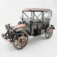 ingrosso regali d'auto d'epoca-Modello di auto d'epoca Antique Retro Classic Modello di auto in ferro per la decorazione della casa l Antique Artigianato Classic Car Model Boy Birthday Gift