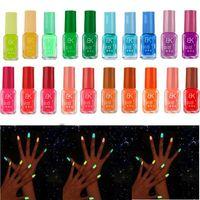 tırnak jeli kızdırma karanlık toptan satış-20 Şeker Renk Floresan Neon Aydınlık Jel Oje Karanlıkta Glow için Tırnak Vernik Manikür Emaye Bar Partisi Için RRA1512