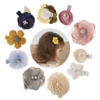 flores para barrettes venda por atacado-New Kids Crianças Grampos Barrettes bebê Tecido Bow Flor com pérola grampos de cabelo Headwear Meninas Mantilha Acessórios adoráveis bonitos
