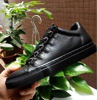 мужские дизайнерские имена оптовых-Горячие 2019 продаж название бренда мода Сексуальная высокое качество мужчины квартиры дизайнер Мужская обувь зашнуровать обувь мужская Повседневная обувь