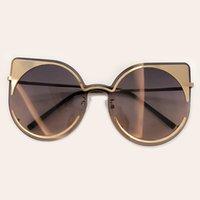 ingrosso occhiali da sole da donna oversize-2019 Female Cat Eye Sunglasses Donne Retro Designer Oversize Occhiali da sole di alta qualità Designer Shades signore Oculos LFL818