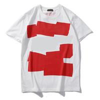 erkek kısa kollu gömlek toptan satış-Erkek Tasarımcı Gömlek Yaz Üstleri Erkekler Kadınlar için Rahat T Shirt Kısa Kollu Gömlek Marka Giyim Mektubu Desen Baskılı Tees Ekip Boyun
