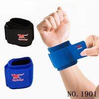 caisse de musculation gym achat en gros de-1 Paire Réglable Poignet Attelle Poids Levage Support de Poignet Ceinture Compression Garde Protecteur pour Gym Entraînement # 157034