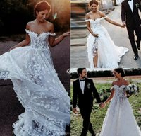 robes tulle beige achat en gros de-2019 robes de mariée New Bohemian de l'épaule en dentelle 3D appliques florales une ligne robe de mariée plage balayage train pas cher Bhoh robes de mariée