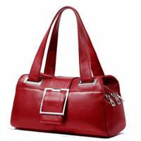 moda çanta ünlü marka toptan satış-Sıcak marka tavsiye bayanlar high-end çanta Tasarımcısı deri düz renk yastık çanta Moda ünlü omuz çantası Ücretsiz kargo