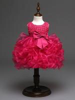 vestido de bautizo de marfil flores al por mayor-2018 hermosos vestidos de bautizo de color rosa púrpura rojo marfil con estampado de flores con cuentas Vestido de niña bebé para bodas
