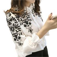 новые корейские стили блузки оптовых-New Female Long Sleeve Embroidery Flower Blouse Fashion Women Korean Style Top Fresh Shirt Autumn Ladies Casual Blouse Plus size