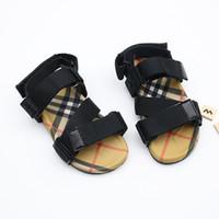 ingrosso sandali confortevoli rossi-Sandali per bambini Sandali vintage Sandali da spiaggia Pantofole Pantofole comode per l'estate Sandali estivi nero Striscia rossa