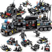 jeu de ville de jouet achat en gros de-8pcs / lot LegoINGs SWAT Ville Police Camion Building Blocks Ensembles Navire Hélicoptère Créateur de Véhicule Briques Playmobil Jouets pour Enfants