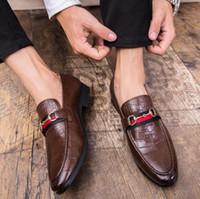 ingrosso abito da sera navy-2019 nuovi uomini casuali mocassini casuali in vera pelle slip-on dress scarpe fatti a mano pantofola fumatori uomini appartamenti festa di nozze scarpe 38-46