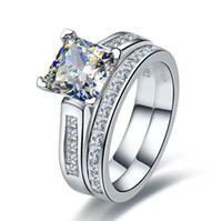 anel de casamento define corte princesa venda por atacado-TRS102 Luxo Qualidade 2 Quilate Princesa Cut Melhor Qualidade NSCD Gem Sintético Anel de Noivado Set Para As Mulheres, conjunto de Casamento, conjunto De Noiva