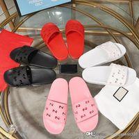 Wholesale large size womens fashion shoes resale online - Designer flip flops Womens Designer Slides Fashion Luxury Men Shoes Designer Sandals Scuffs Beach flip flops with box Large size