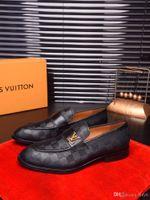 ingrosso scarpe da vestito in mogano-20ss luxurys scarpe di marca del vestito dal regalo classico della moda scarpe di vernice stussy Tap Dance affari pelle bovina mogano Plus Size US11 ANGOLO
