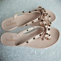 Wholesale beaches sandals resale online - Brand New Women Summer fashion Sandals Rivets Big Bowknot Flip Flops Beach Sandalias Femininas Flat Jelly Woman g Non slip girl Sandals