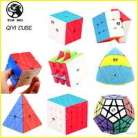 kohlefaserwürfel großhandel-QIYI Speed Puzzle Würfel 2x2 3x3 4x4 Pyraminx Megaminx Skewb Kohlefaser Aufkleber Magic Cube Puzzle Spielzeug für Kinder Spielzeug Intelligenz Entwicklung