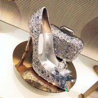 zapatos de tacón de cristal al por mayor-Mujeres Celebrity Top Grade Cinderella Crystal tacones altos nupcial Rhinestone zapatos de boda Sexy punta estrecha Crystal bombea flores