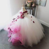 robe de mariée à fleurs faites à la main achat en gros de-2018 Superbe Dentelle Perles Fleurs Fleur Robes De Fille À La Main Fleurs Petite Fille Robes De Mariée Pageant Vintage Robes Robes F054