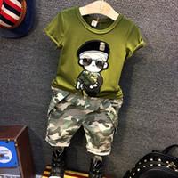 9ec6149d9621c 2pcs garçons vêtements de mode ensemble été enfants armée vert noir motif  de bande dessinée t shirt et jean camouflage ensemble vêtements de bébé