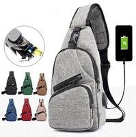 sacos saco grande venda por atacado-Homens USB Saco Peito Sling bag Grande Capacidade Bolsa Crossbody Messenger Bags Bolsa de Ombro Moblie Carregador de Telefone MMA1690