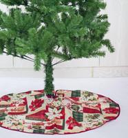 saia de árvore de natal de avental venda por atacado-Árvore de natal Saia Base Tapete Avental Tampa Xmas Party Home Decor diâmetro 60 cm Xmas Decoração Da Árvore LJJK1752
