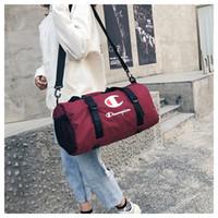 sacolas de viagem esportiva venda por atacado-Sacos de Viagem dos campeões Unisex Sports Tote Ginásio Yoga Carry On Bagagem Grande Capacidade Waterpproof Bolsa Mochila Bag Sacos de Ombro GRANDE B3121