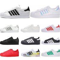 Vente en gros Man Adidas Originals 2019 en vrac à partir de