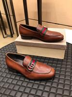 spitzschuh formal großhandel-Top luxuriöse 2019 Neueste Mode Männer Formale Mariage Hochzeit Schuhe Hohe Qualität Spitz Business Schuhe Männer Müßiggänger Oxford Schuhe